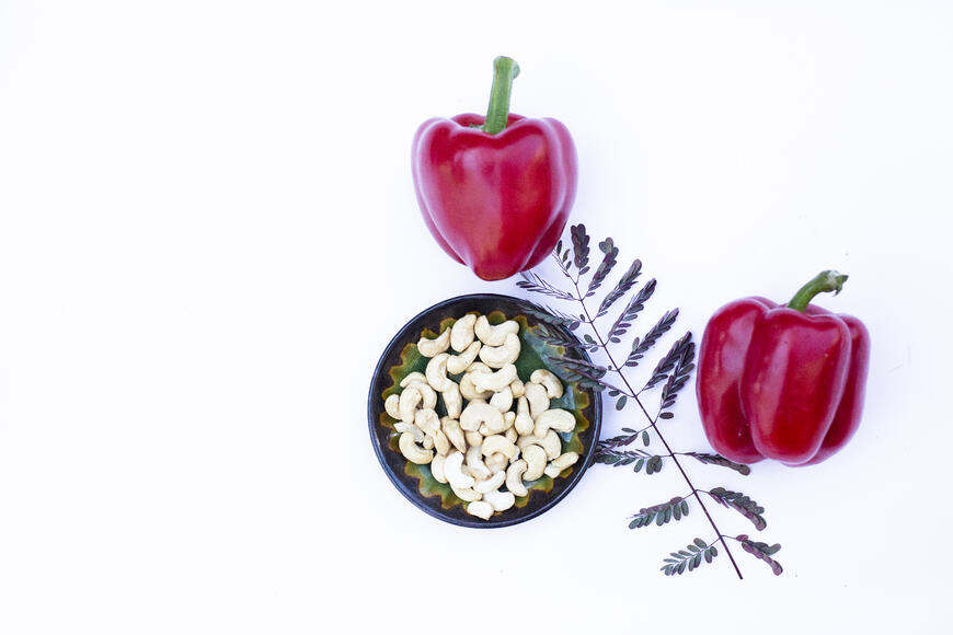 Cashew Roasted Red Pepper Dip