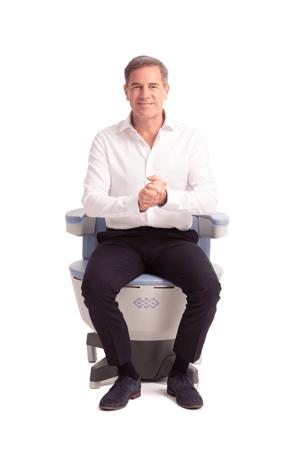 BTL_Emsella_PIC_Chair-male-model_small
